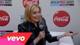 Lubov Azria - Red Carpet Interview (2013 AMAs)