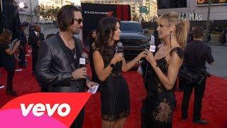 Heidi Klum - Red Carpet Interview (2013 AMAs)