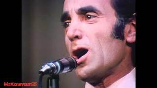 Charles Aznavour chante Emmenez moi  - 1968