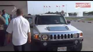 L'arrivée de Cheb Khaled à l'aéroport de Tunis Carthage