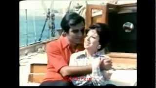Najat Al Saghira -نجاة الصغيرة -  وحياتك يا هوى عاشقين