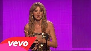 Taylor Swift - Artist Of The Year (2013 AMAs)