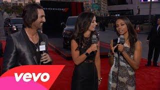 Zoe Saldana - Red Carpet Interview (2013 AMAs)